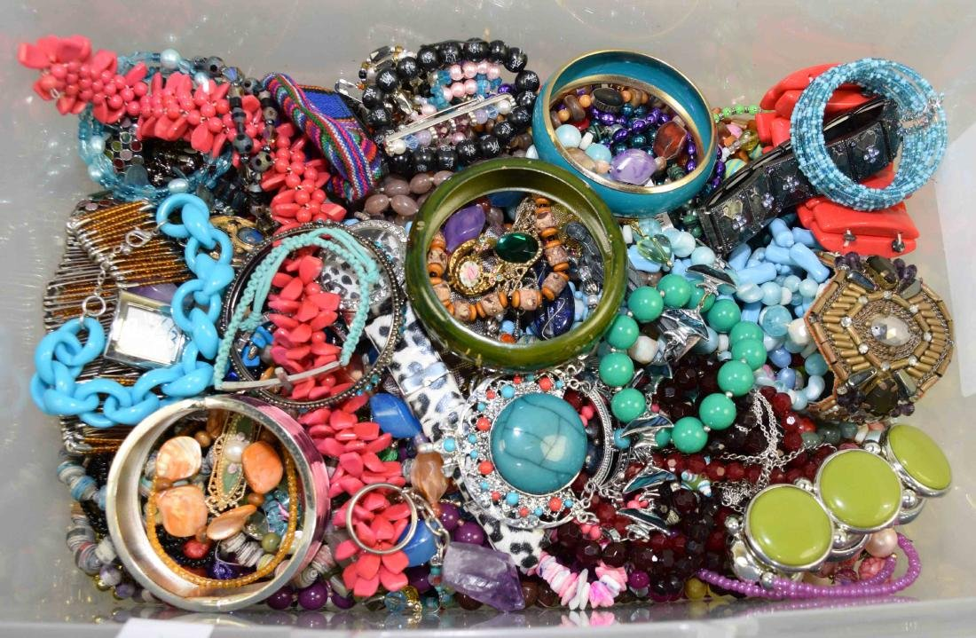 BIN/ASSORTED MULTI-COLOR COSTUME JEWELRY. (Necklaces,