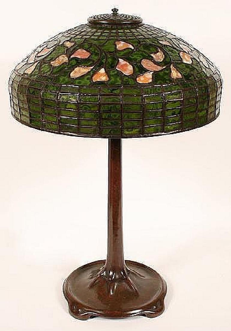 TIFFANY STUDIOS SWIRLING LEAF LEADED GLASS TABLE LAMP - - 4