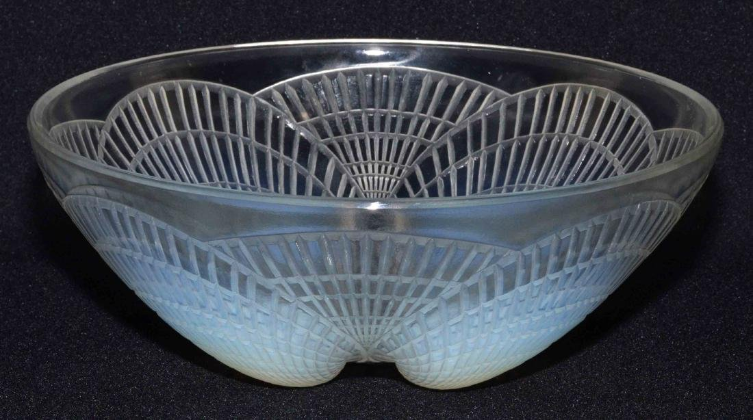 R. LALIQUE ''COQUILLES'' BOWL. Opalescent bowl with