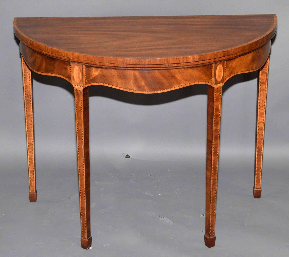 FINELY INLAID OVAL GATELEG GAME TABLE WITH GREEN FELT