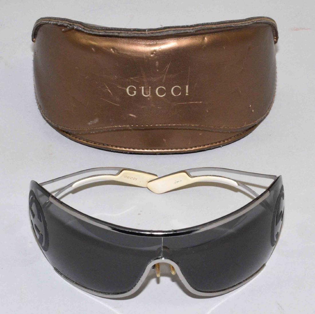 GUCCI SUNGLASSES WITH CASE, case: 7''L x 3.5''H x