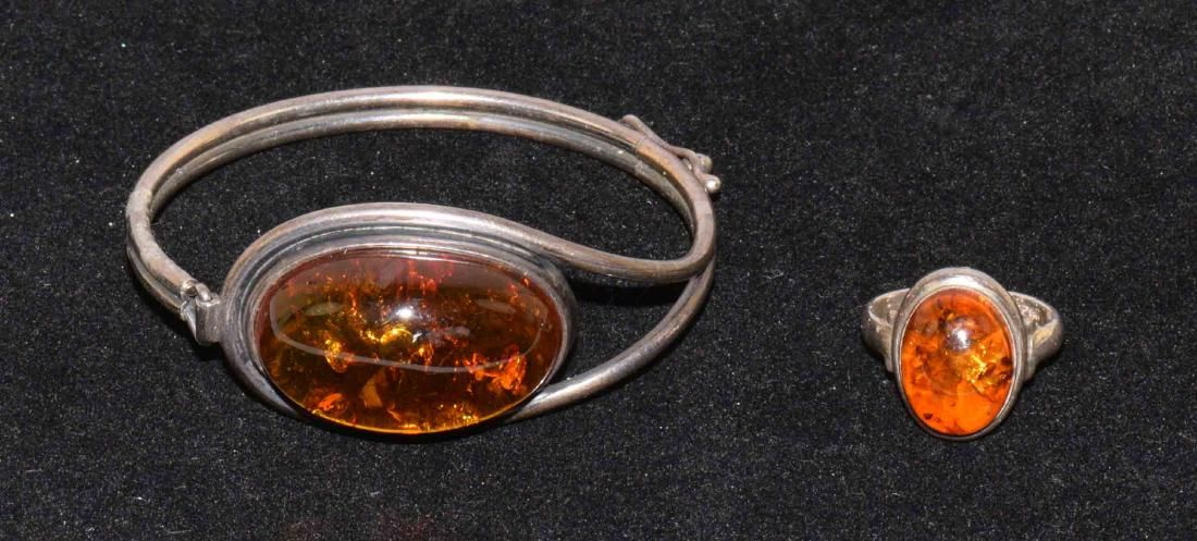 (2) PCS. VINTAGE AMBER COSTUME JEWELRY: Includes a