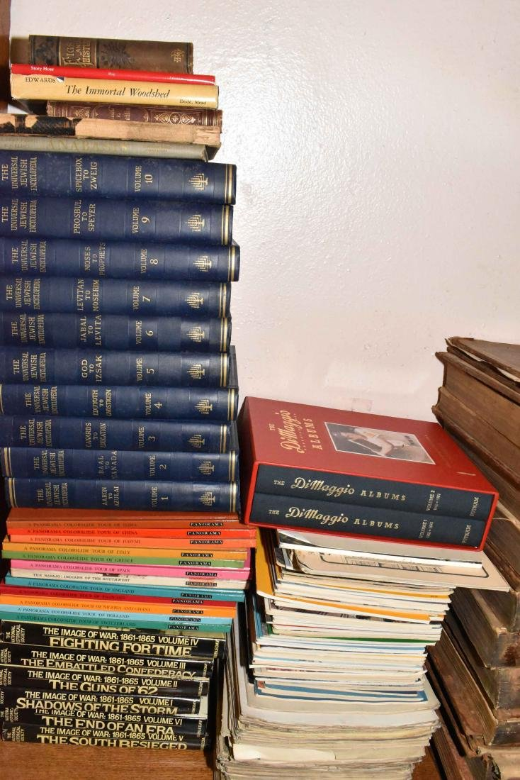LARGE QUANTITY OF BOOKS AND MAGAZINES ON CIVIL WAR,