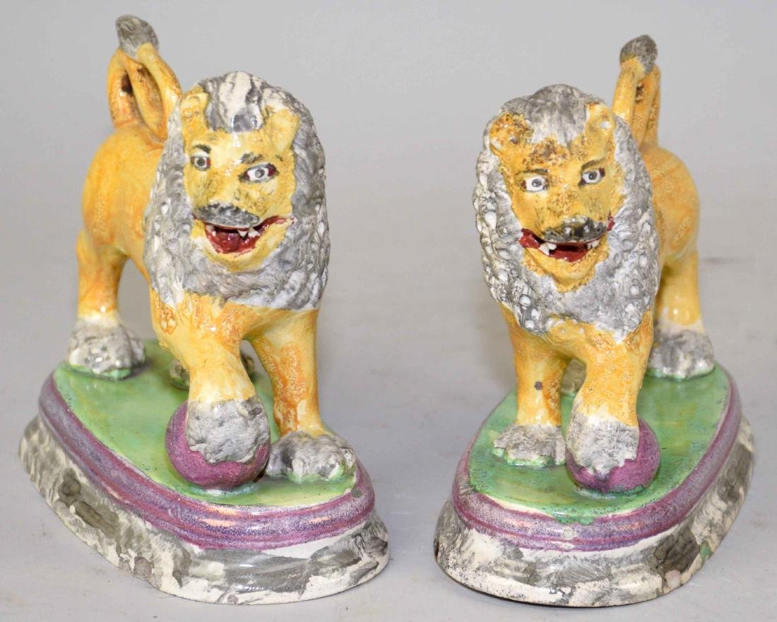 A PAIR OF ENGLISH (STAFFORDSHIRE) FIGURE OF MEDICI - 3