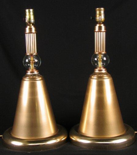 2392: PR ALCOA ALUMINUM LAMPS. Pair of aluminum lamps c