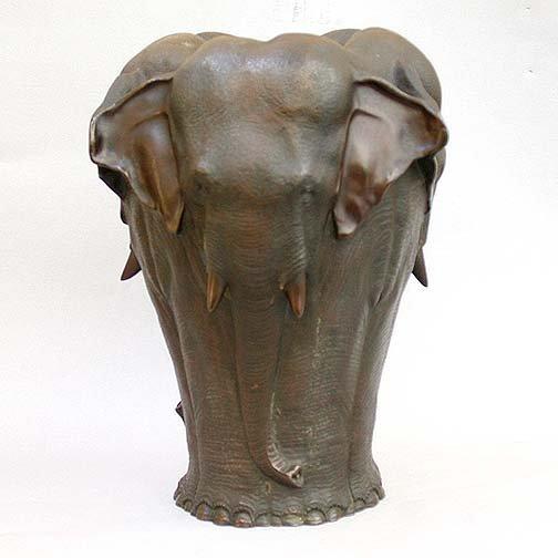 1304: MEIJI BRONZE ELEPHANT VESSEL. Late 19th