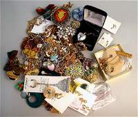 1542: ASSORTED COSTUME JEWELRY. LOt includes
