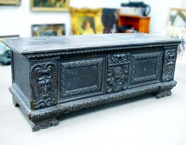 2016: MEDIEVAL STYLE CASSONE Oak and other wo