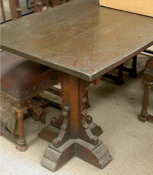 2019: OAK TRESSEL TABLE Medieval style table