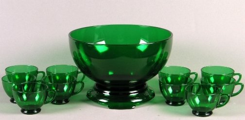 1533: GREEN PUNCH BOWL & CUPS