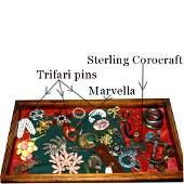 1552: ASSORTED VINTAGE PINS N/R. Vintage coll