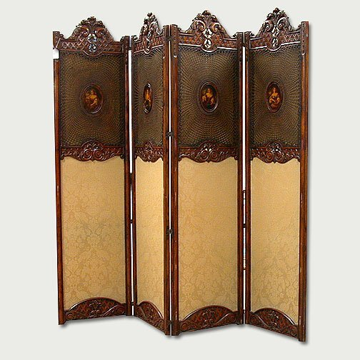 2010: CARVED AND UPHOLSTERED SCREEN French or
