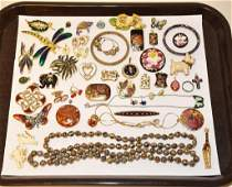 40 ASSORTED PIECES OF VINTAGE ENAMEL AND CLOIS