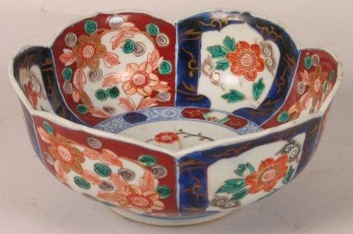 1011: JAPANESE IMARI BOWL