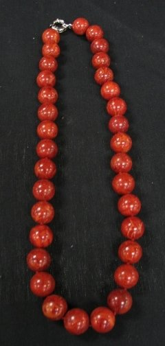 1578: RED CORAL NECKLACE.