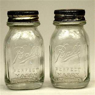 4020: BALL SALT AND PEPPER SHAKERS