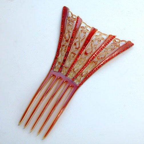 1004: HAIR COMB. N/R. Victorian hair comb iwt