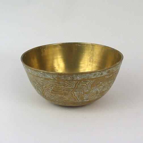 2638: CHINESE BRASS BOWL. N/R. Brass bowl eng