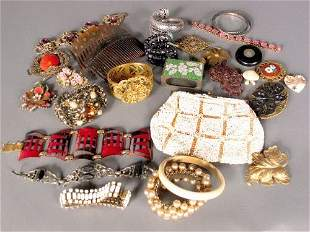 """""""ASSORTED VINTAGE JEWELRY. Lot includes thirteen"""