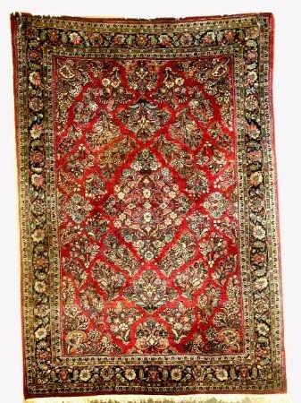 3595: 8'9'' X 6'2'' SARUK CARPET.  Handwoven of 100% wo