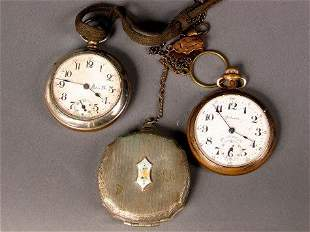 2 WATCHES, 1 FOB, 1 COMPACT. (1) Pocket watch, go