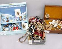 1250: 1250 ASSORTED COSTUME JEWELRY N/R. Incl