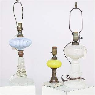 1551 ASSORTED GLASS TABLE LAMPS. One li