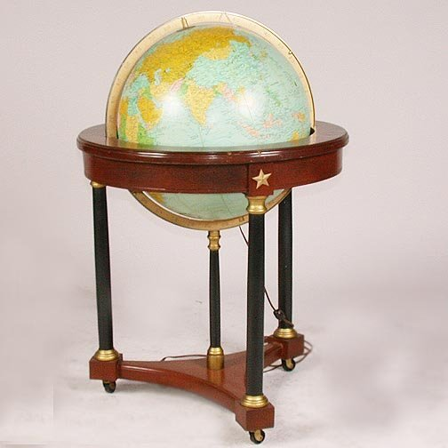 1568: 1568 LIGHT UP WORLD GLOBE. Turns in an