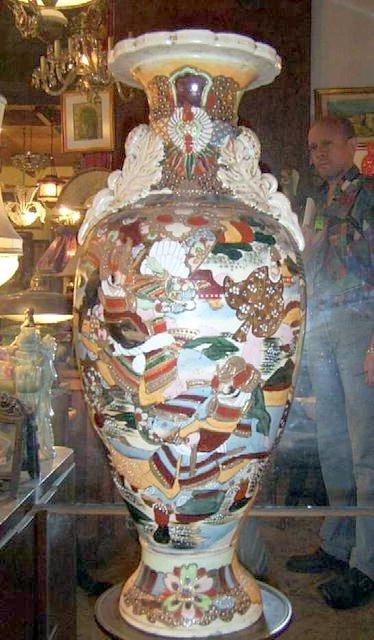 2188: Large 26i H Satsuma vase Signed
