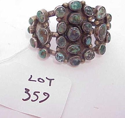 359: VINTAGE NATIVE AMERICAN TURQUOISE CUFF BRACELET