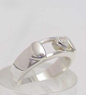 3023A: STERLING SILVER HEART SLIDE BAND RING SIZE 6 - 2