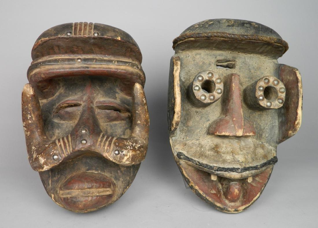 2 African masks