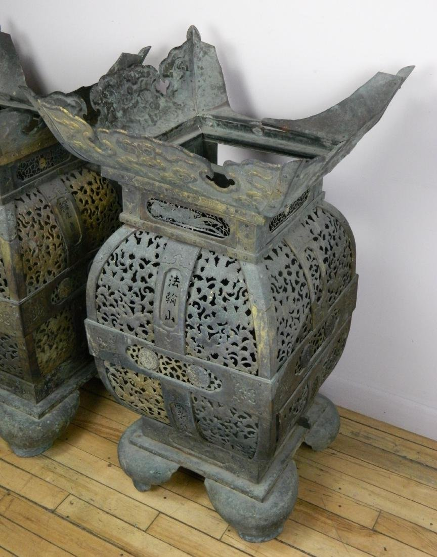 Pair of 19th c. Japanese bronze temple urns - 2