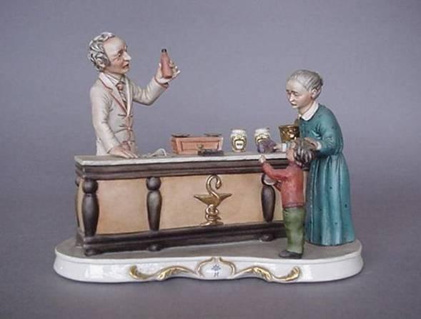 3: 2 porcelain figurines
