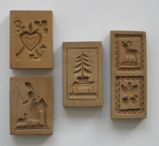 29: 20 wooden cookie molds, 20th c. - 10