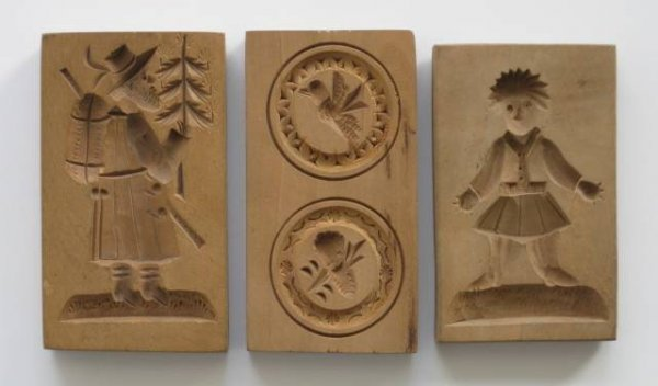 29: 20 wooden cookie molds, 20th c. - 9