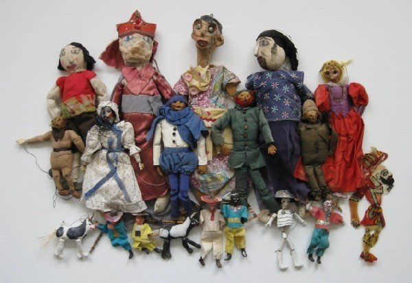 16: Puppets and Marionettes
