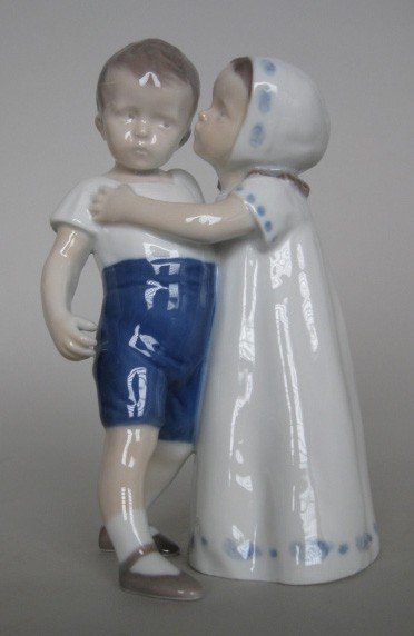 722: Bing & Grondahl porcelain figurine