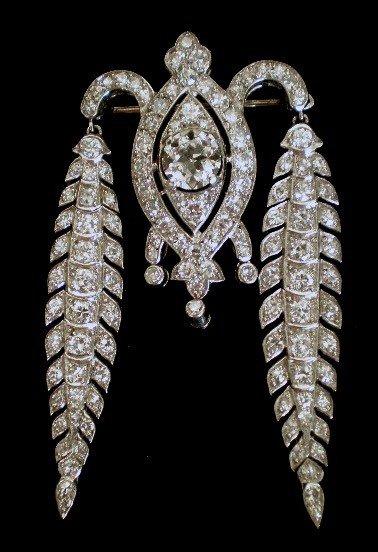 900: Cartier diamond and platinum brooch