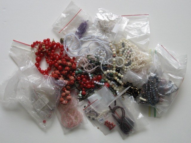 2: Lot of beads