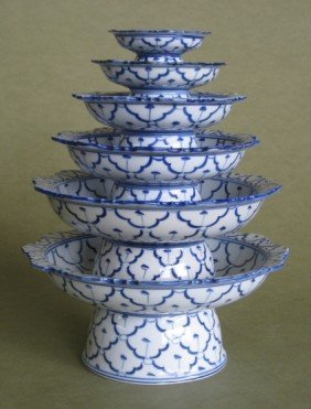 6 Porcelain Items
