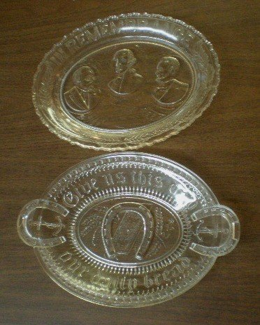 623: 2 American Pressed glass bread plates