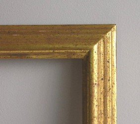 709: 2 Traditional gilded gallery frames