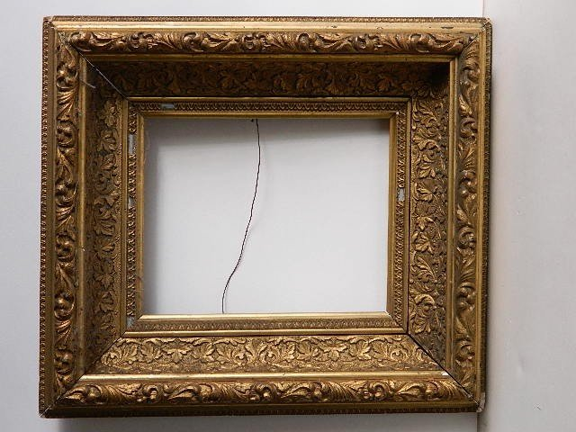 864: 19thc. Gilded and moulded frame