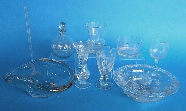 4: Lot of glass items