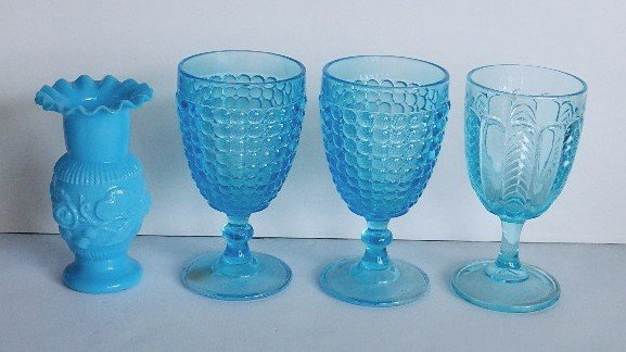 123: 11 Early American Pressed Glass blue goblets - 3