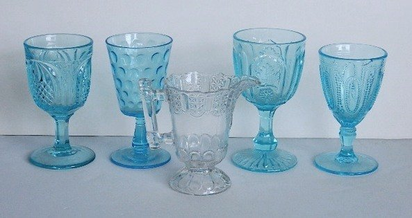 123: 11 Early American Pressed Glass blue goblets - 4