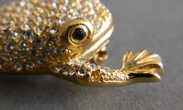 Christian Dior costume jewelry frog brooch - 5