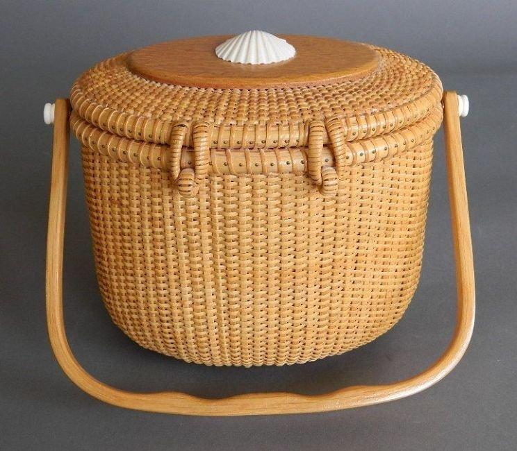 G. L. Brown Nantucket Lightship basket - 6