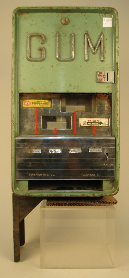 5 Cent Vintage Superior Mfg. Gum Vending Machine